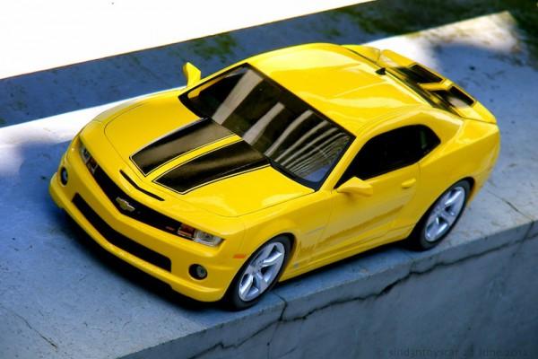 Chevrolet Camaro SS RS 2010 1:18 Maisto