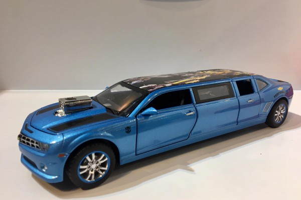 Chevrolet Camaro Transformer 5 Limousine 1:32 Hãng khác