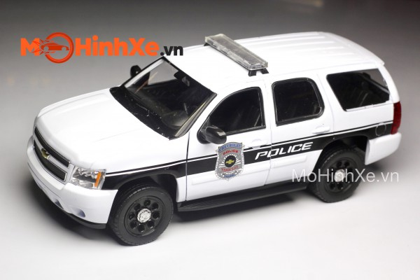 Chevrolet Tahoe 2008 Police 1:24 Welly