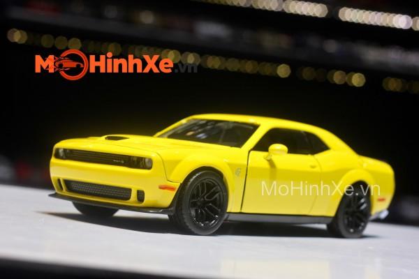 Dodge Challenger SRT Hellcat Widebody 2018 1:24 Motormax