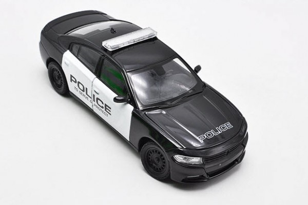 Dodge Charger Pursuit 2016 1:24 Welly-FX