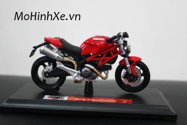 Ducati Monster 696 1:18 Maisto