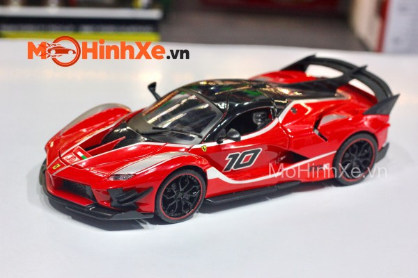 Ferrari FXX K Evo 1:24 HengTeng Model