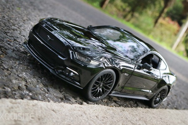 Ford Mustang GT 2015 1:24 Welly-FX