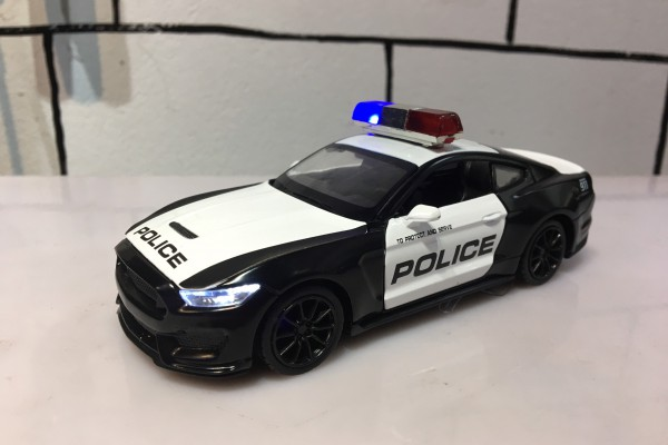 Ford Shelby GT350 Police 1:32 MSZ