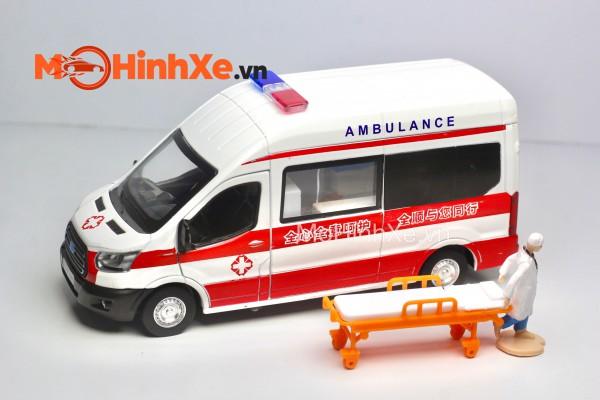 Ford Transit Ambulance 1:35 MSZ