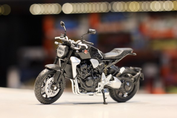 Honda CB1000R 2018 1:18 Welly