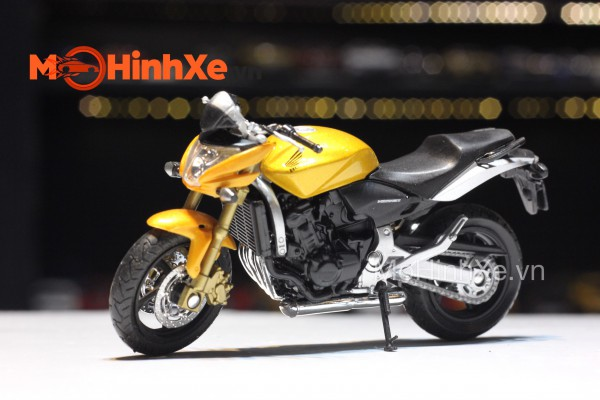 Honda Hornet 1:18 Welly