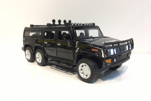 Hummer H2 SUV 6x6 1:32 TY Models