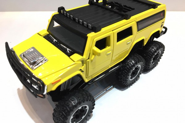 Hummer H2 SUV 6x6 Off-Road 1:32 TY Models