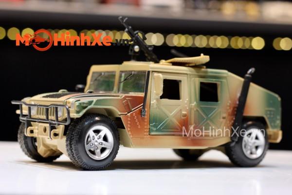 Humvee 1:24 HuaYi Model
