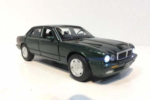 Jaguar XJ6 1995 1:32 Jackiekim