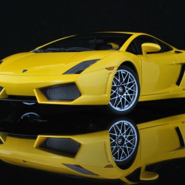 Lamborghini Gallardo LP560-4 1:18 AUTOart