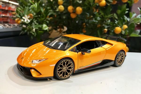 Lamborghini Huracan Performante 1:24 Bburago