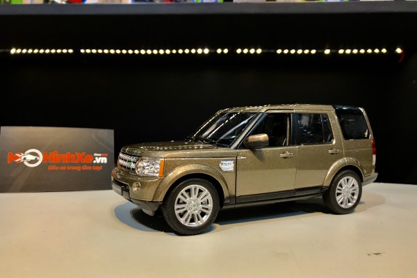 Land Rover Discovery 4 1:24 Welly-FX