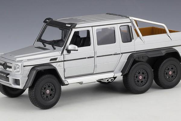 Mercedes-Benz G63 AMG 6x6 1:24 Welly-FX