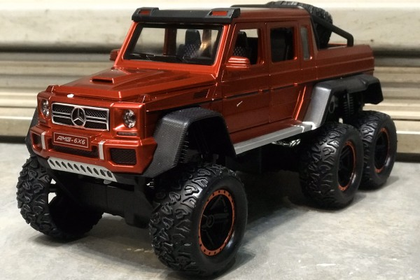 Mercedes-Benz G63 AMG 6x6 Off-Road 1:24 Hãng khác