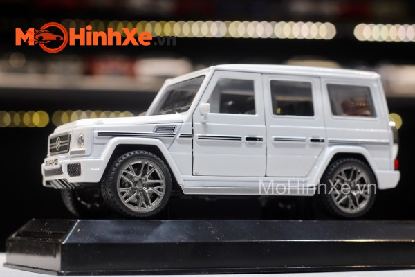 Mercedes-Benz G65 AMG 1:24 Delicate Model