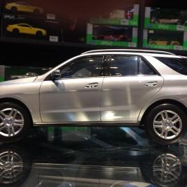 Mercedes-Benz M-Klasse 1:18 Minichamps