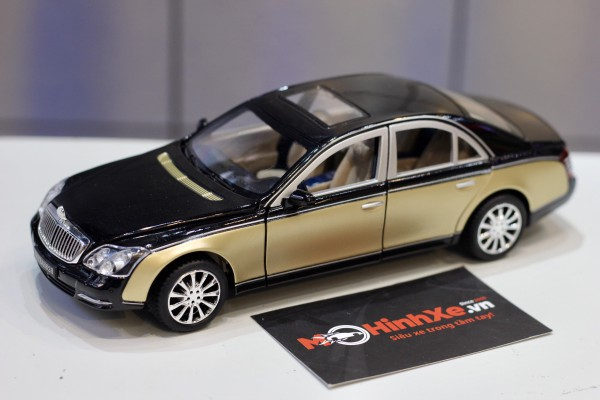 Mercedes-Benz Maybach 62S 1:24 XLG
