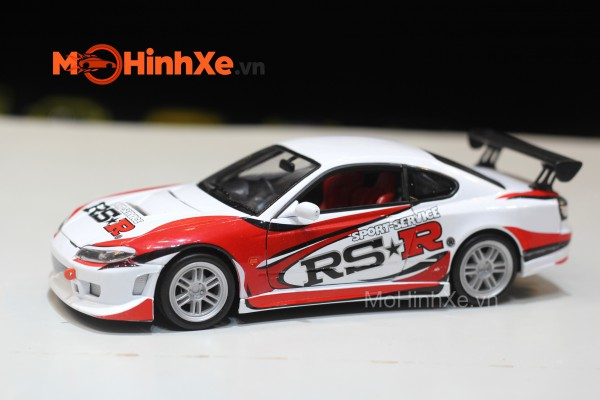 Nissan Silvia S15 RS-R 1:24  Welly