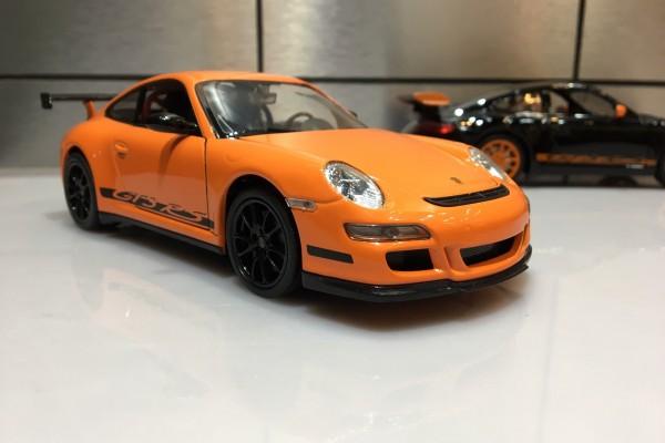 Porsche 911 (997) GT3 RS 1:24 Welly