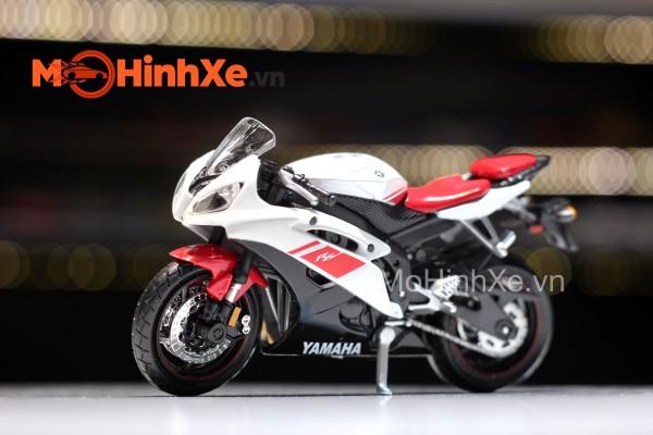 Yamaha YZF-R6 1:18 Maisto